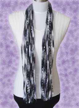Specials: 'Ai' Ribbon Yarn Scarf - Black/Silver/Grey