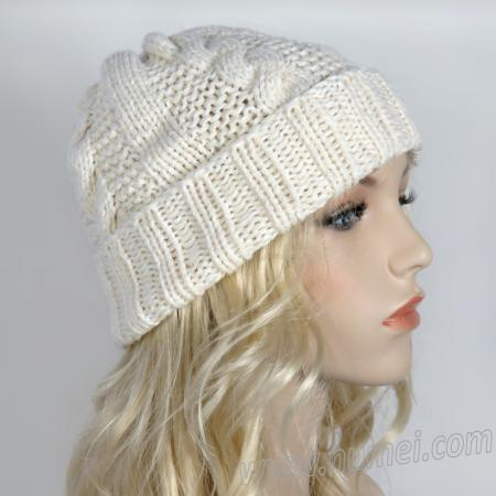 Knitting Pattern: Munich Cable Ribbed Hat