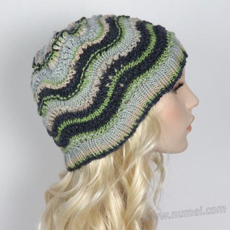 Knitting Pattern: Gentle Waves Hat