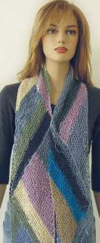 Knitting Pattern: Diagonal Triangle Scarf