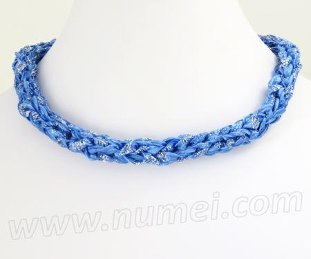 Free Pattern: Knit Ribbon Choker Necklace and Bracelet