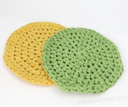 Free Crochet Pattern: Round Pot Holders