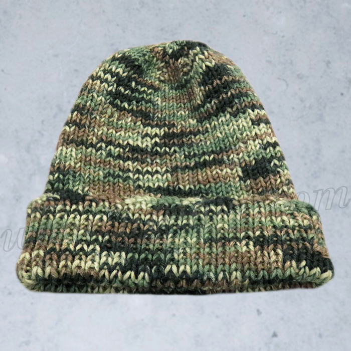 Knitting Pattern For Soldiers Hats : Free Knitting Pattern: Camouflage Hat For Soldiers/Hunting