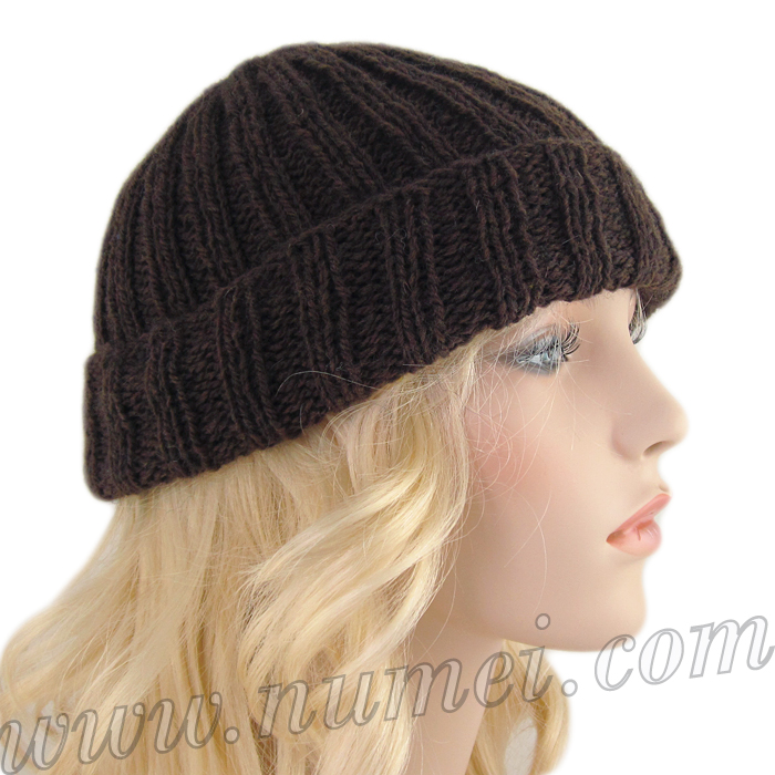 Ribbed Knit Hat Pattern On Circular Needles : Free Knitting Pattern: Picardie Ribbed Hat