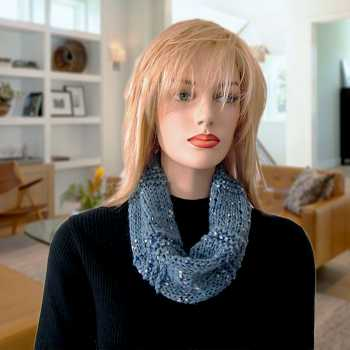 Free Knitting Pattern: Madlin Vertical Ribbed Cowl