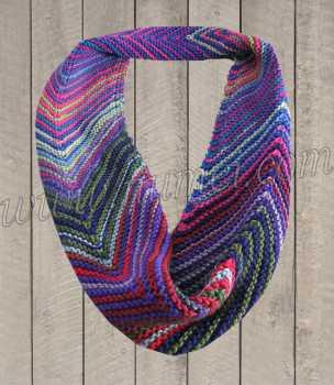 Infinity Scarf Knitting Pattern Size 17 Needles : Knitting Pattern: Mitered Infinity Scarf
