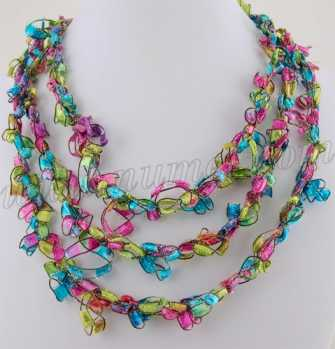 Free Crochet Pattern Ladder Ribbon Necklace Pattern 6