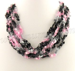 Free Crochet Pattern Ladder Ribbon Necklace Pattern 2