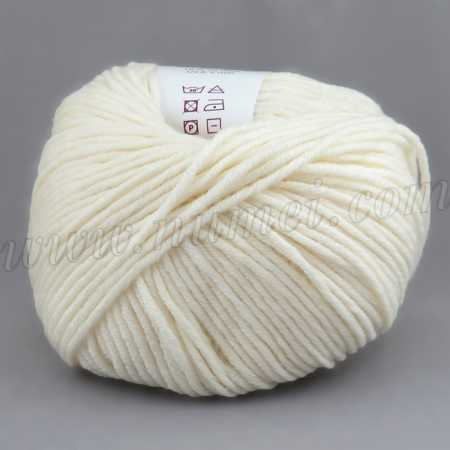 Berlini Merino Velvet Worsted 12 Cream - 100g Ball