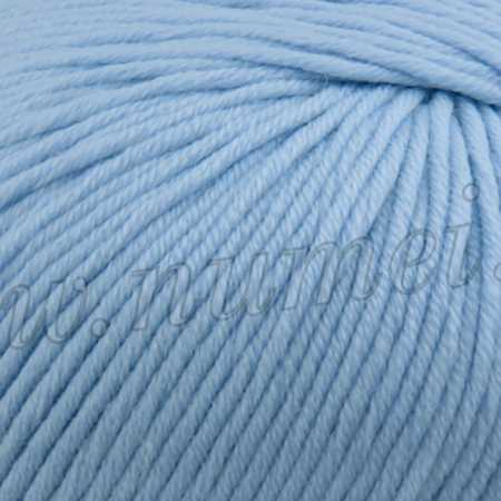 Berlini Merino Velvet Worsted 17 Baby Blue