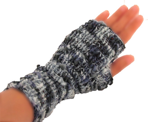 Knitting Pattern Gauntlet Gloves : Free Knitting Pattern - Bradford Gauntlet